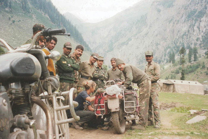 Indian army engineers stop on oil leak – with garden string (The travels of Jacqui Furneaux)